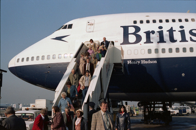 France travel this summer: passengers arrive at Heathrow Terminal 3, UK, September 1982