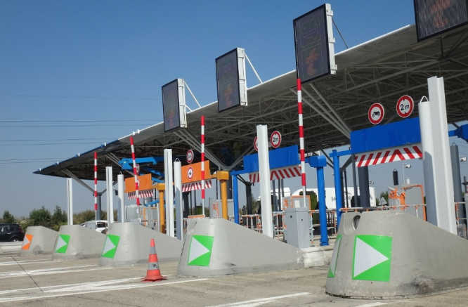 A motorway toll. Fine for not paying at toll gates in France rises to €375