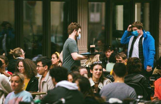 """Frankreich: Restaurantbesitzer sehen keinen Sinn darin, ihre Kunden mit """"Gesundheitspässen"""" zu """"überwachen""""."""