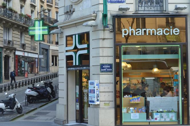 French pharmacies to dispense without prescription