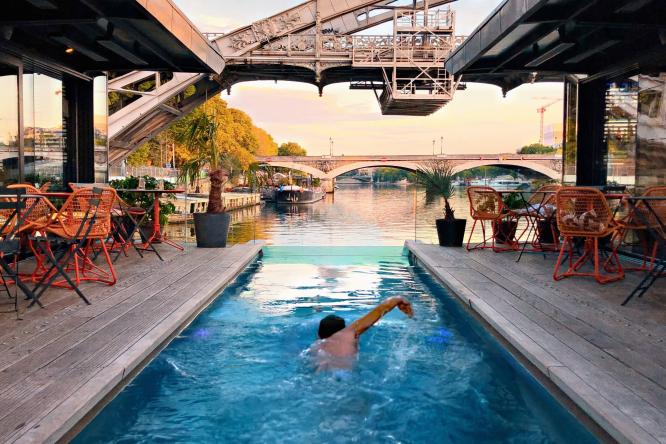 Pool by the Seine. Photo by Staycation.