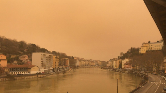 Orange skies over Lyon. Sahara sand in France can lead to health issues studies show