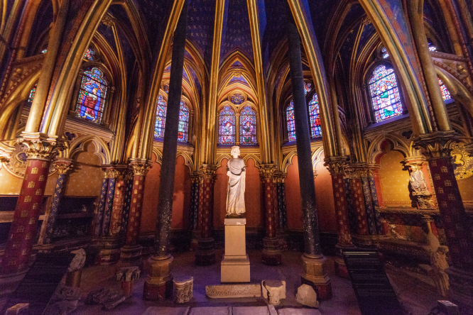 Saint Chapelle, Paris, France.