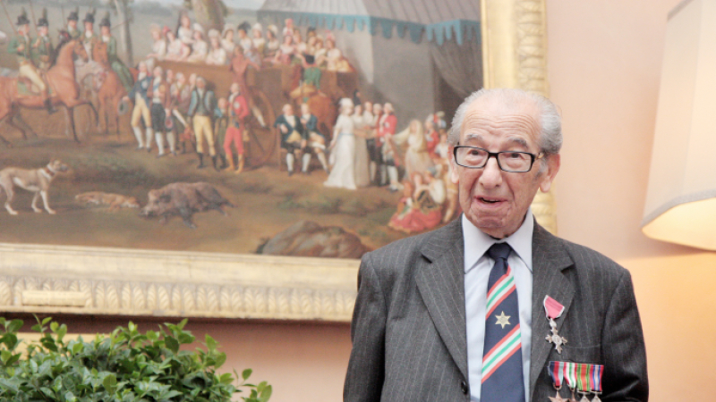 Harry Shindler medals at British Embassy Rome