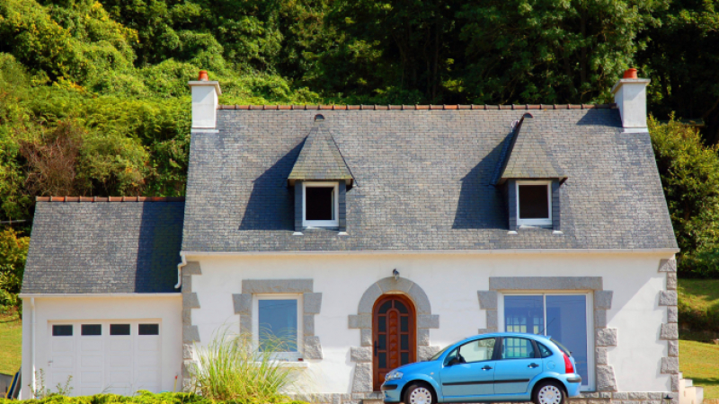 Insuring a car in France