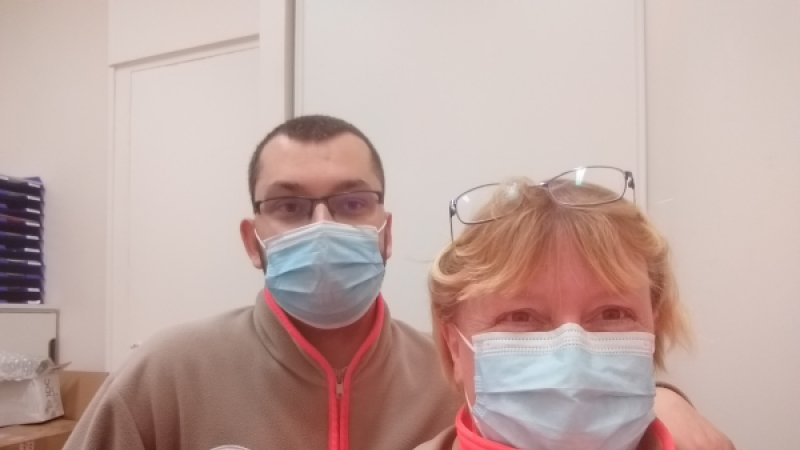 Fiona Purcell with Croix Rouge volunteer Nicolas Auzerais