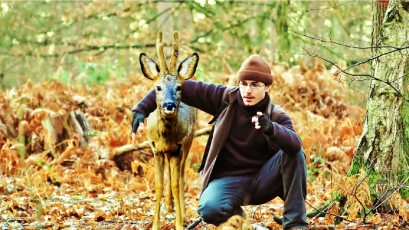Geoffroy Delorme with the roe deer