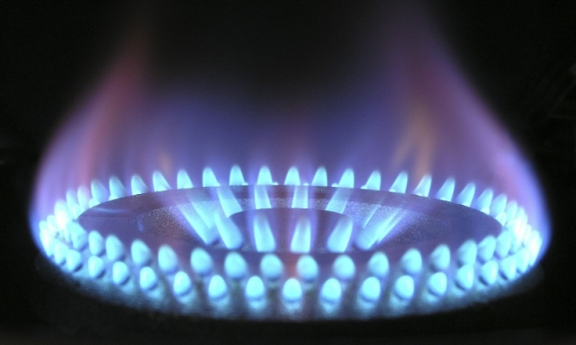 blue gas flame from a gas ring