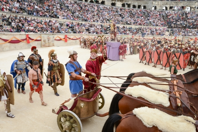 gladiators on a chariot