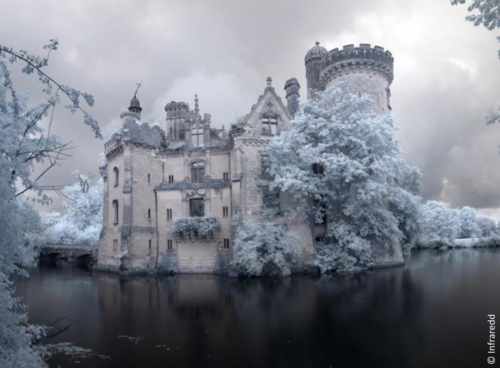 Chateau in the frost and snow