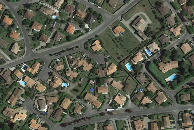 Pool Tax Dodgers Trapped By Google Maps - Google maps aerial view