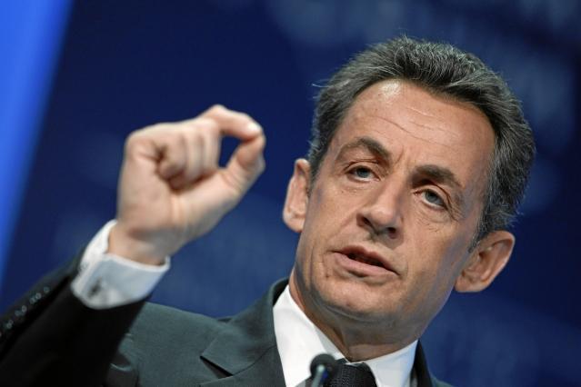 Nicolas Sarkozy gesturing
