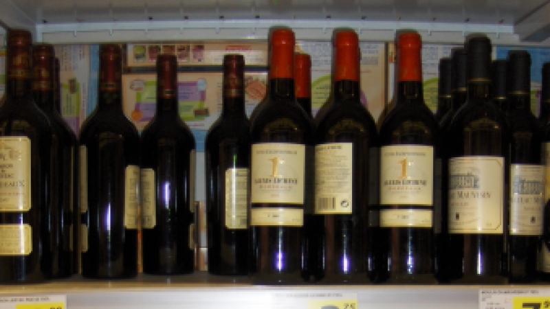 wine on supermarket shelves in France