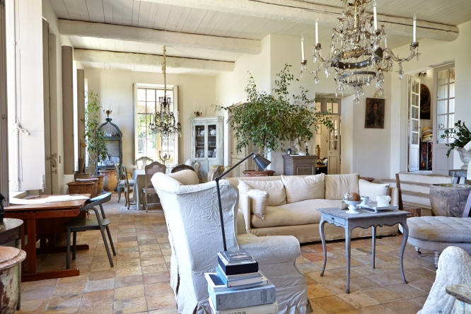 Antique chic in the Alpes-Maritimes