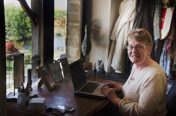 Author Fiona Barton