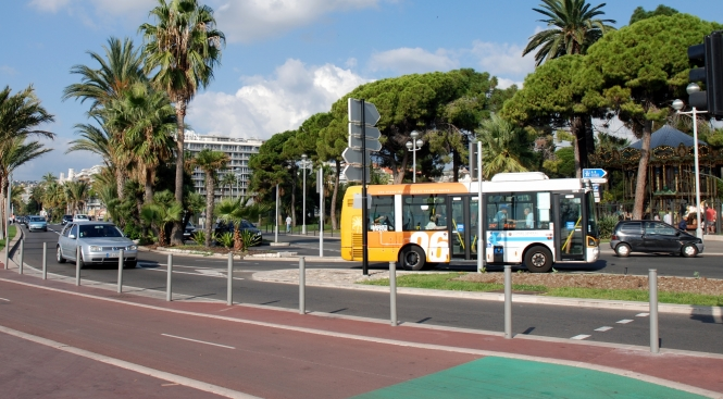 Traffic on the Promenade des Anglais in Nice