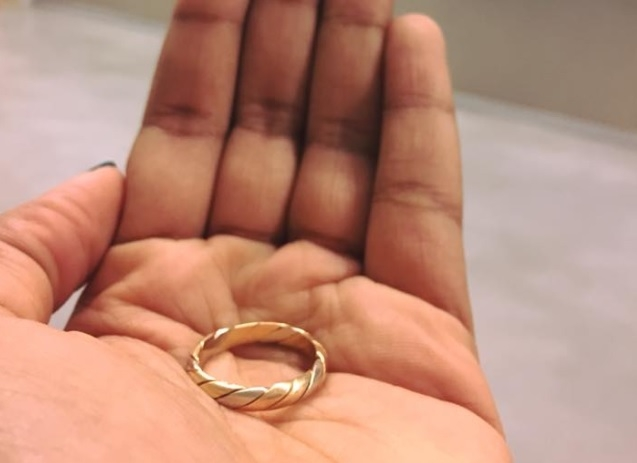 lost wedding ring found in marseille after 18 years - Lost Wedding Ring